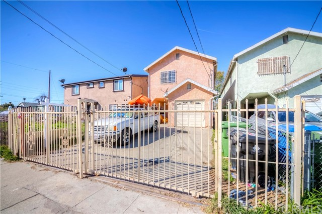 10711 Wilmington Avenue, Los Angeles, CA 90059