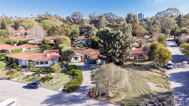 2404 Via Rafael, Palos Verdes Estates, California 90274, 4 Bedrooms Bedrooms, ,1 BathroomBathrooms,For Sale,Via Rafael,PV21044462