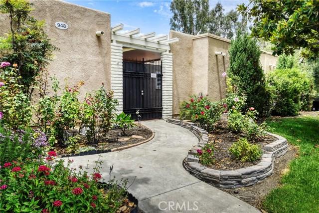 948 Calle Aragon C, Laguna Woods, CA 92637