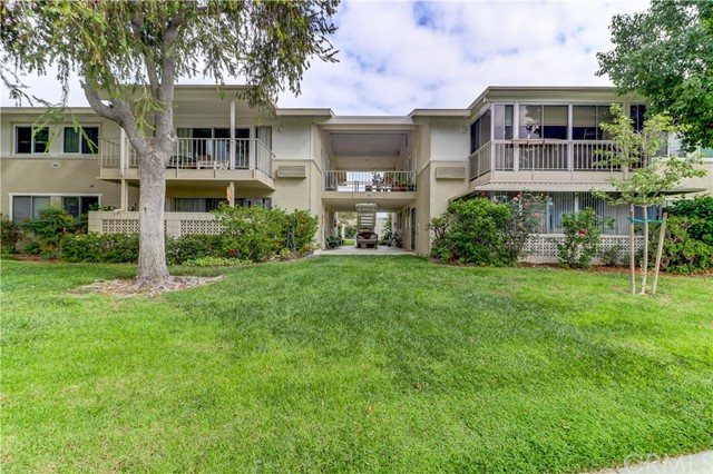 389 Ave Castilla, Laguna Woods, CA 92637 Photo