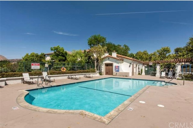 582 Camino Del Sol, Newbury Park, CA 91320