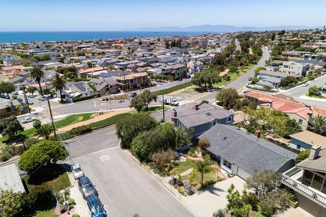 811 1st Street, Manhattan Beach, California 90266, 3 Bedrooms Bedrooms, ,2 BathroomsBathrooms,For Rent,1st,SB21001731