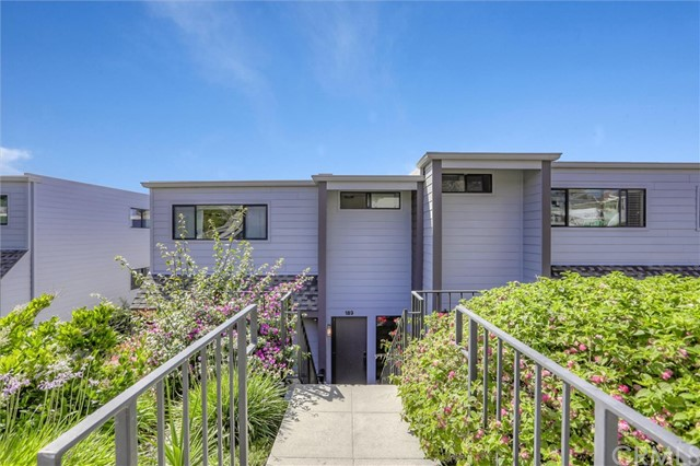 189 Calle Mayor, Redondo Beach, California 90277, 3 Bedrooms Bedrooms, ,2 BathroomsBathrooms,For Sale,Calle Mayor,SB20181108