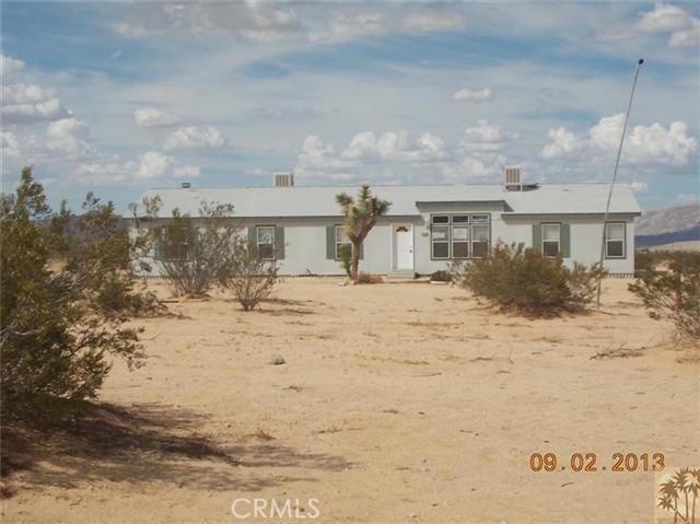 60422 Stearman Rd, Landers, CA 92285 Photo 1