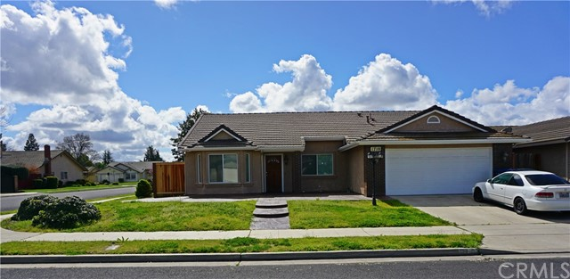 1710 Jefferson Avenue, Madera, CA 93637