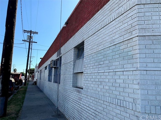 1623 Compton, Los Angeles, CA 90021