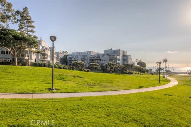 240 The Village 303, Redondo Beach, CA 90277