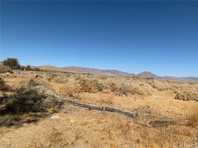 32174 Sunset Rd, Lucerne Valley, CA 92356 Photo 15