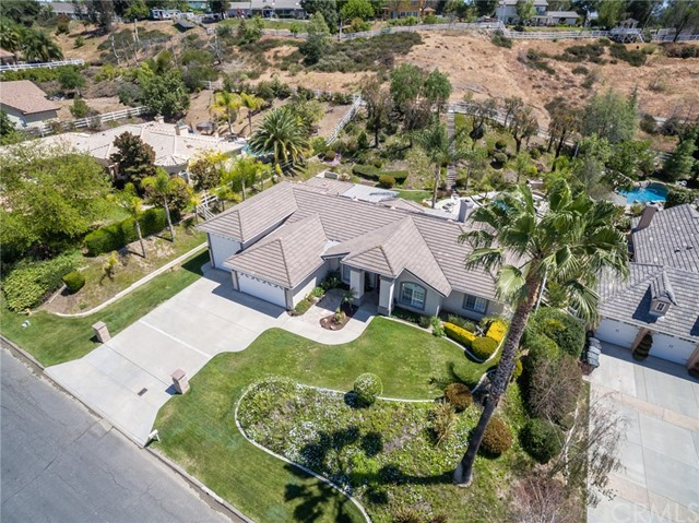 31199 Kahwea Rd, Temecula, CA 92591 Photo 1