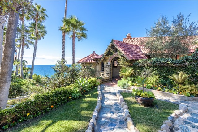 2529 South Coast Hwy | The Village (VIL) | Laguna Beach CA