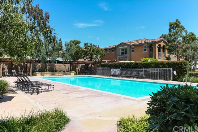 640 W 1st Street, Claremont, CA 91711