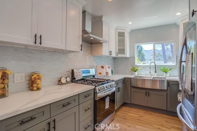 14. 3954 N Sequoia Street Atwater Village, CA 90039
