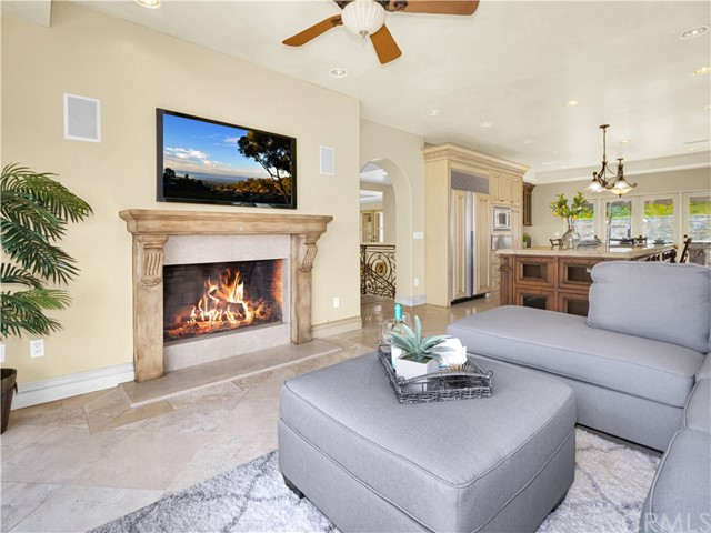 12. 1012 Via Mirabel Palos Verdes Estates, CA 90274