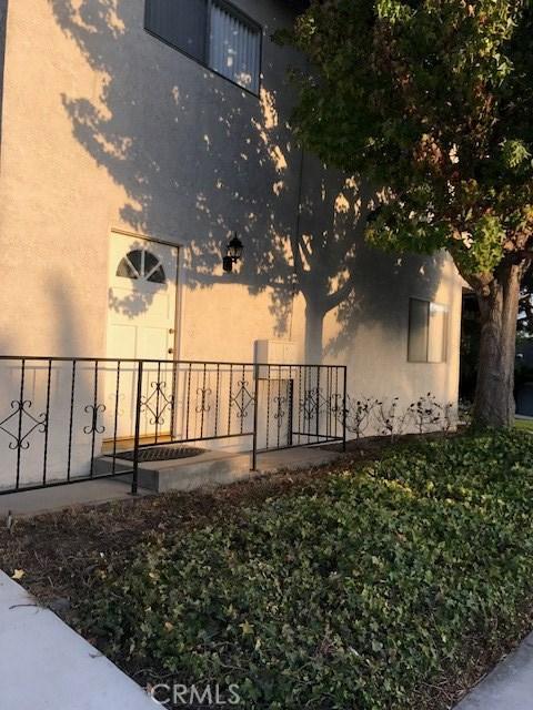 2201 Speyer Lane, Redondo Beach, California 90278, 2 Bedrooms Bedrooms, ,1 BathroomBathrooms,Quadruplex,For Lease,Speyer Lane,PV20143432