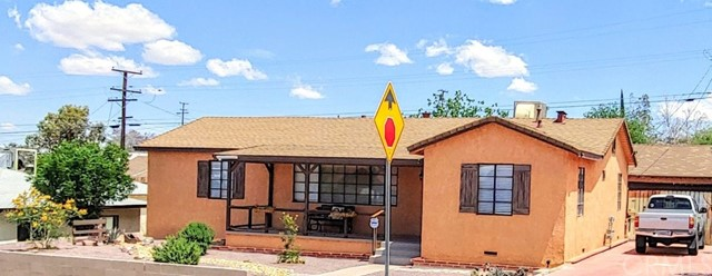 807 S 2nd Avenue, Barstow, CA 92311