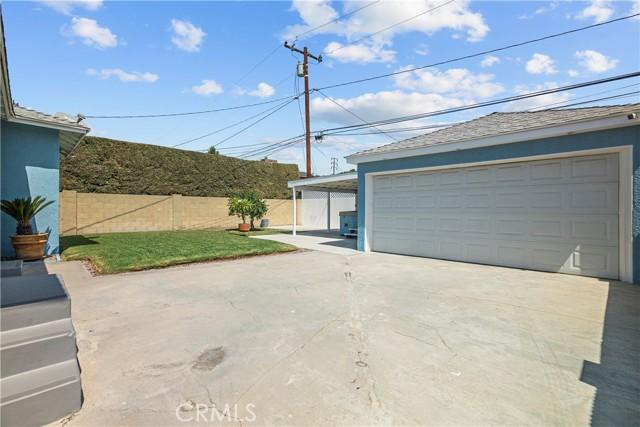 Backyard / Detached Garage