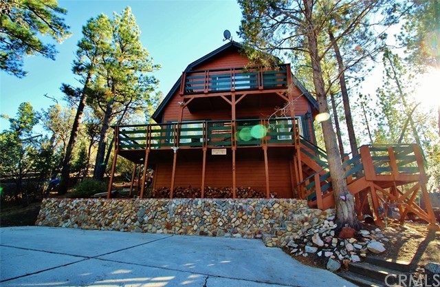 108 E Rainbow Boulevard, Big Bear, CA 92314