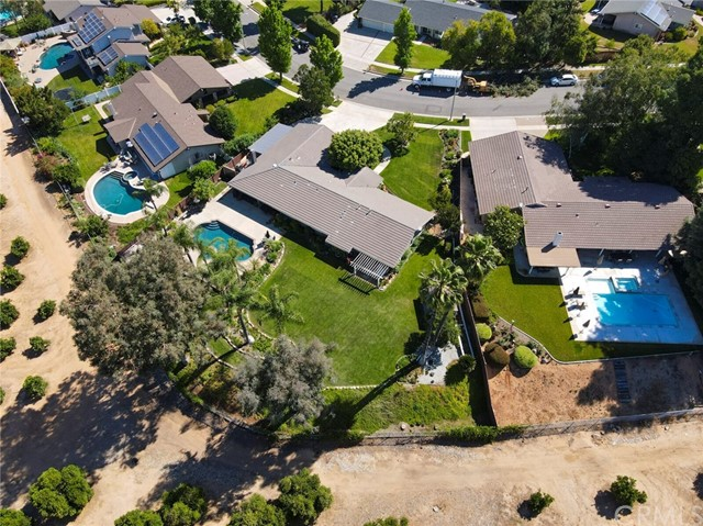 62. 420 Wilbar Circle Redlands, CA 92374