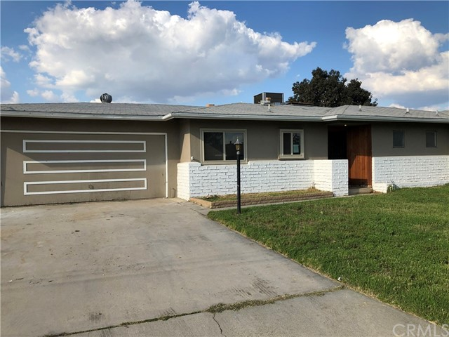 206 E Rosewood Street, Rialto, CA 92376