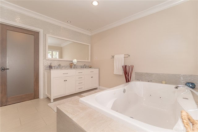 17421 Klee St, Sherwood Forest, CA 91325 Photo 39
