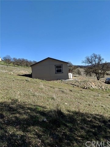 1860 New Long Valley Road, Clearlake Oaks, CA 95423