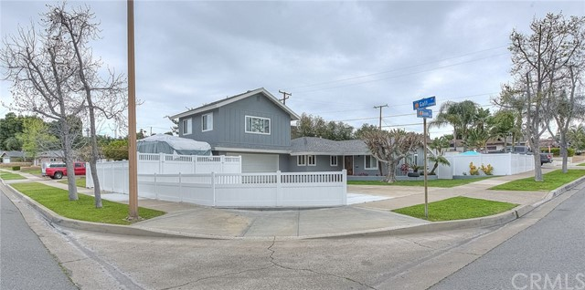 1111 E Boom Avenue, Orange, CA 92865