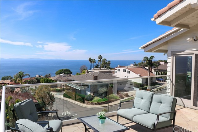 679 Bolsana Drive, Laguna Beach, CA 92651