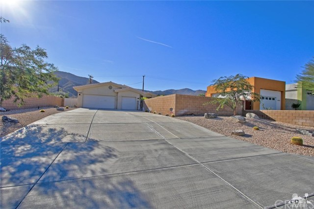 68485 Grandview Avenue, Cathedral City, CA 92234