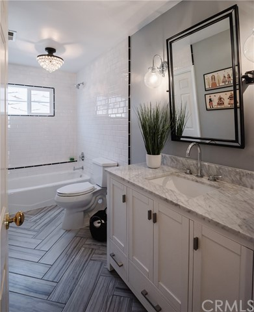 Main floor remodeled full Bathroom