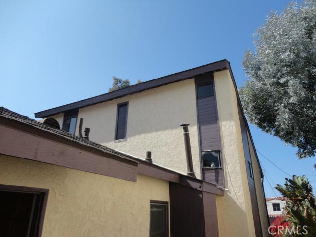 411 Lucia Avenue, Redondo Beach, California 90277, 4 Bedrooms Bedrooms, ,2 BathroomsBathrooms,For Sale,Lucia,S12122491