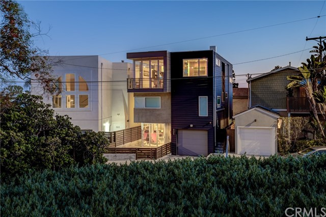 505 Valley Drive, Manhattan Beach, California 90266, 4 Bedrooms Bedrooms, ,2 BathroomsBathrooms,For Sale,Valley,SB20136152