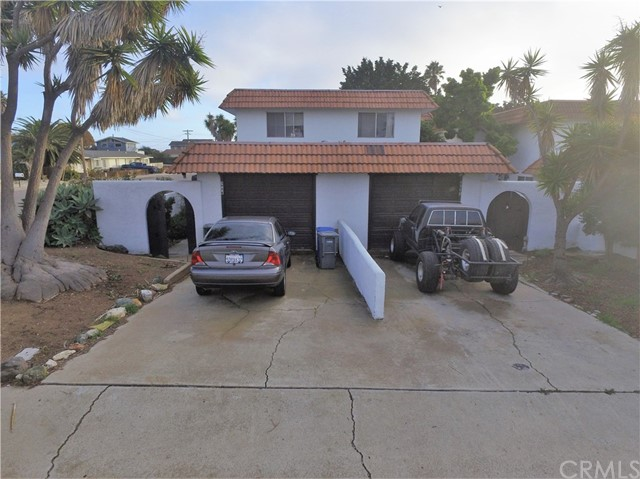596 Saratoga Avenue, Grover Beach, CA 93433