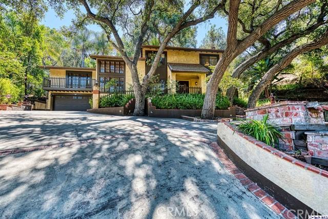 1870 Rosemont Avenue, Pasadena, CA 91103
