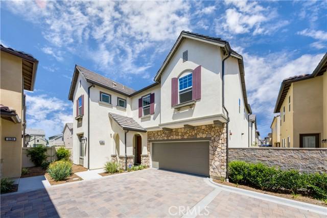 1124 Portola Oaks Drive, Lake Forest, CA 92610
