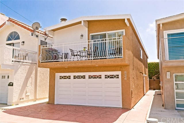 824 3rd Street- Hermosa Beach- California 90254, 3 Bedrooms Bedrooms, ,2 BathroomsBathrooms,For Sale,3rd,SB18089802