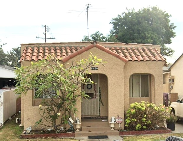 Spanish Style with tile facade