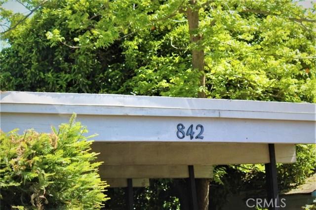 842 Cedar Lane, Olivehurst, CA 95961