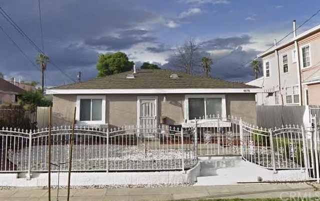 1575 W 35th Place, Los Angeles, CA 90018
