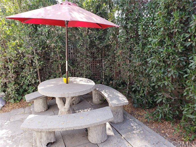 660 Westminster Dr, Pasadena, CA 91105 Photo 11