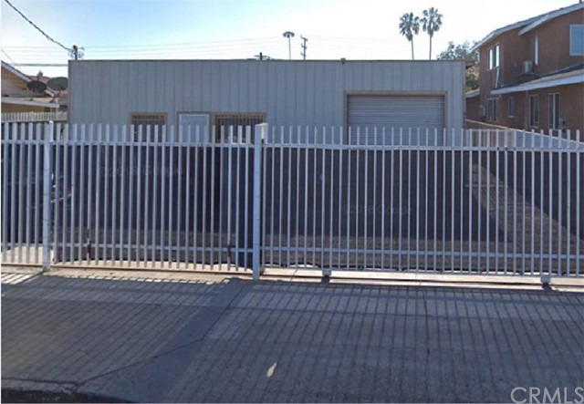 1724 W 2nd Street, Santa Ana, CA 92703