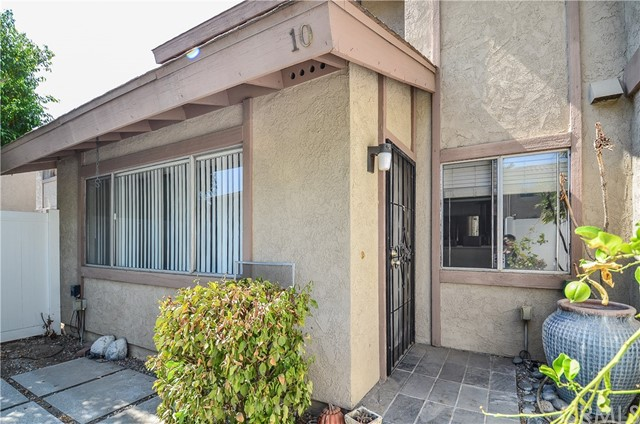 2447 Huntington Drive 10, Duarte, CA 91010