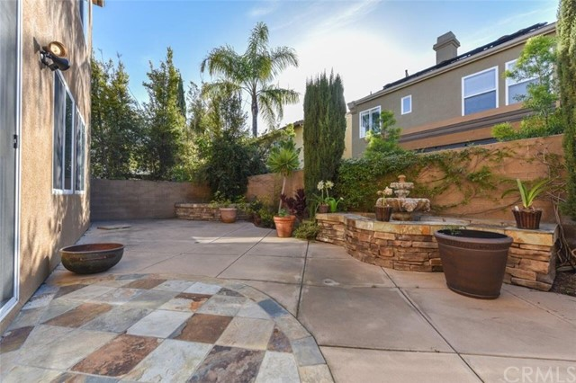 133 Spring Valley, Irvine, CA 92602 Photo 2