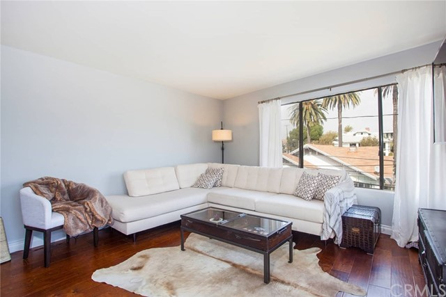 3811 E Livingston Drive 204, Long Beach, CA 90803