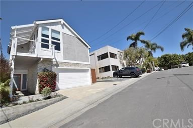 647 7th Street, Hermosa Beach, California 90254, 4 Bedrooms Bedrooms, ,2 BathroomsBathrooms,For Sale,7th,SB20197582