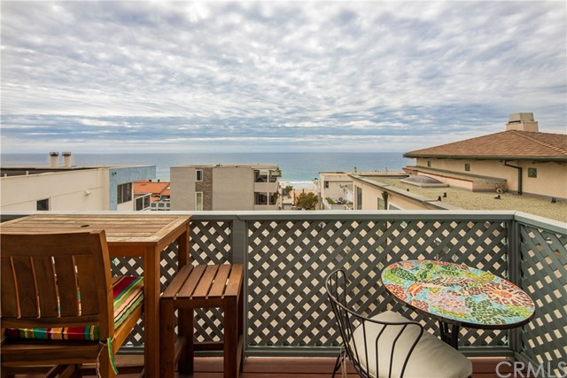3309 Bayview Drive, Manhattan Beach, California 90266, 3 Bedrooms Bedrooms, ,3 BathroomsBathrooms,For Sale,Bayview,SB20013984