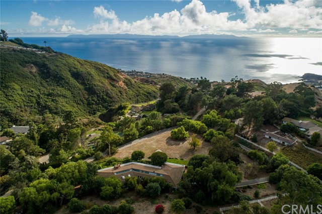 70 Portuguese Bend Road, Rolling Hills, California 90274, 4 Bedrooms Bedrooms, ,3 BathroomsBathrooms,For Sale,Portuguese Bend,PV20090213
