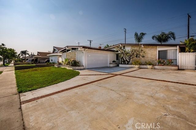 201 W Parkwood Avenue, La Habra, CA 90631