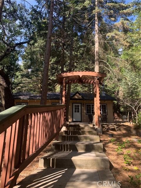 26656 Lake Forest Drive, Twin Peaks, CA 92391