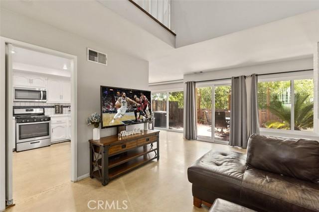 812 W Glenwood Terrace Fullerton, CA 92832