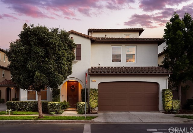 Photo of 18794 Roxbury Lane, Huntington Beach, CA 92648